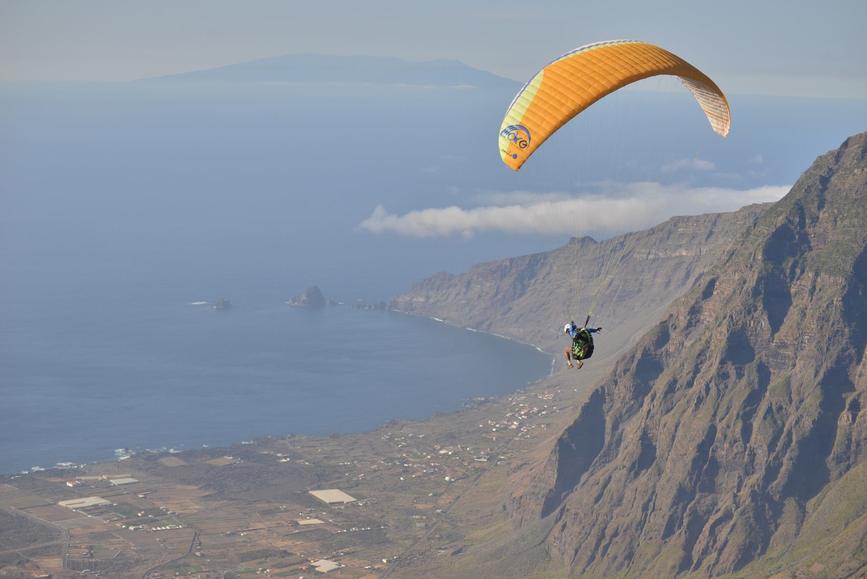 The international paragliding concentration of El Hierro is approaching